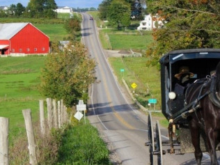 THE AMISH EXPERIENCE IN NORTHERN INDIANA